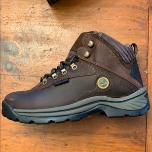 New in box Timberland hiking boots